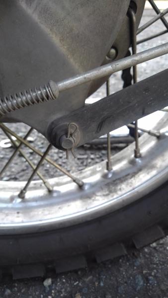 バイク ブレーキシュー 交換